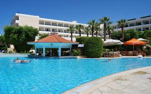 Thumbnail for Best Family-Friendly Hotel Retreats in Paphos